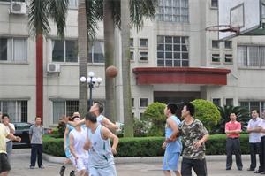 打篮球活动